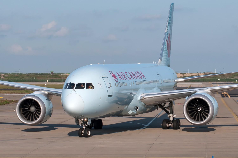 Re:[原创][PVG] 霸气的777和787正面照一组 BOEING 787-8 C-GHQY 中国上海浦东国际机场