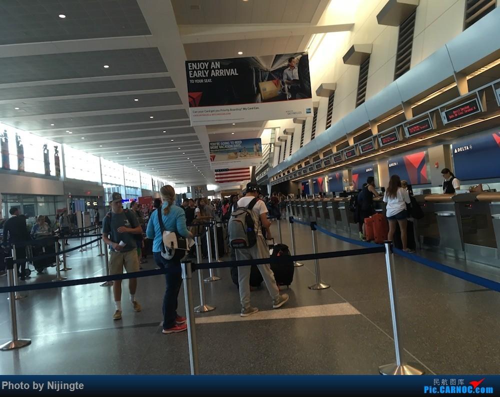 Re:[原创]五年后完成心中愿望 Delta 又惊又喜 暑假北美行 达美老爷机+新内饰 拖延 下集    美国波士顿洛根国际机场