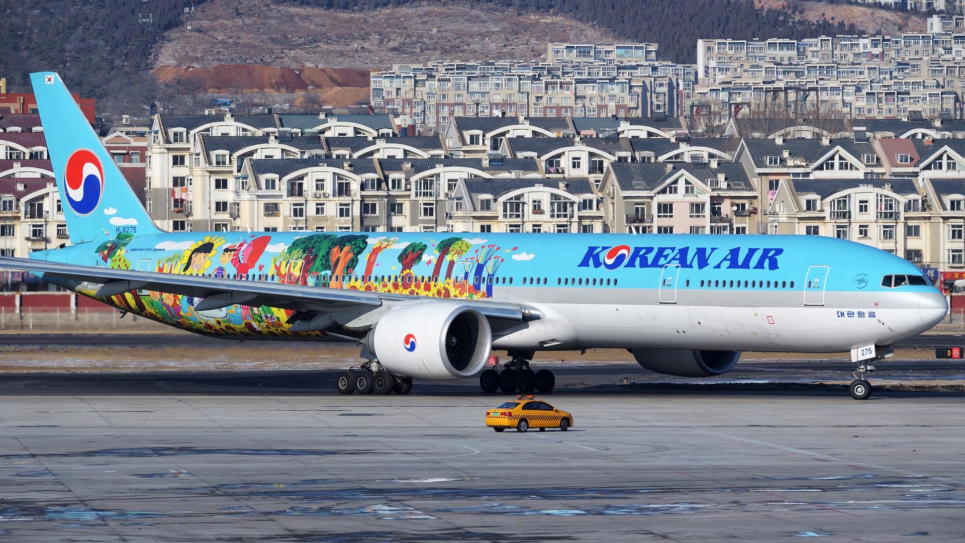 Re:[原创]★[DLC]一点有趣的事情(国庆加点儿料)★ BOEING 777-300ER HL8275 中国大连国际机场