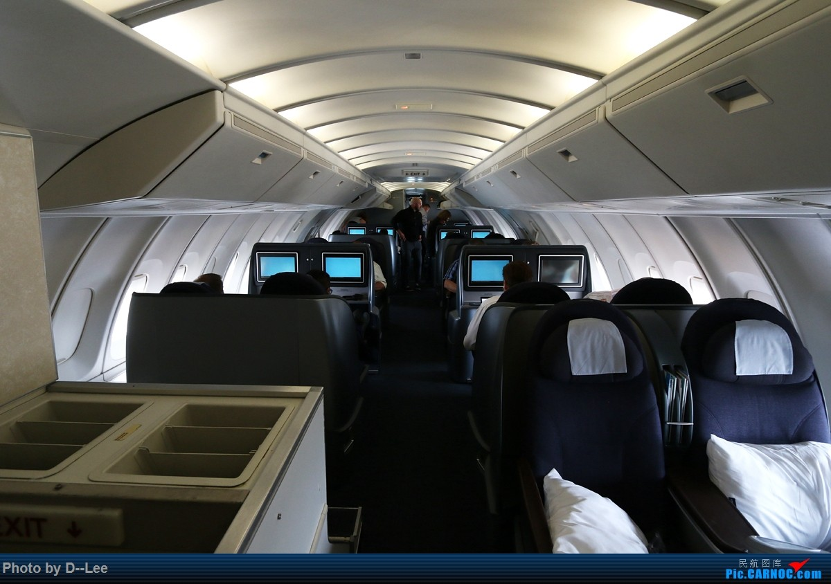 Re:【 广东青少年拍机小队】五年没发帖,2017年11月7日忍不住为留学五年我眼里的美联航747发一帖。(拍机、飞行体验、驾驶舱、Flight log大合集) BOEING 747-400  美国旧金山机场