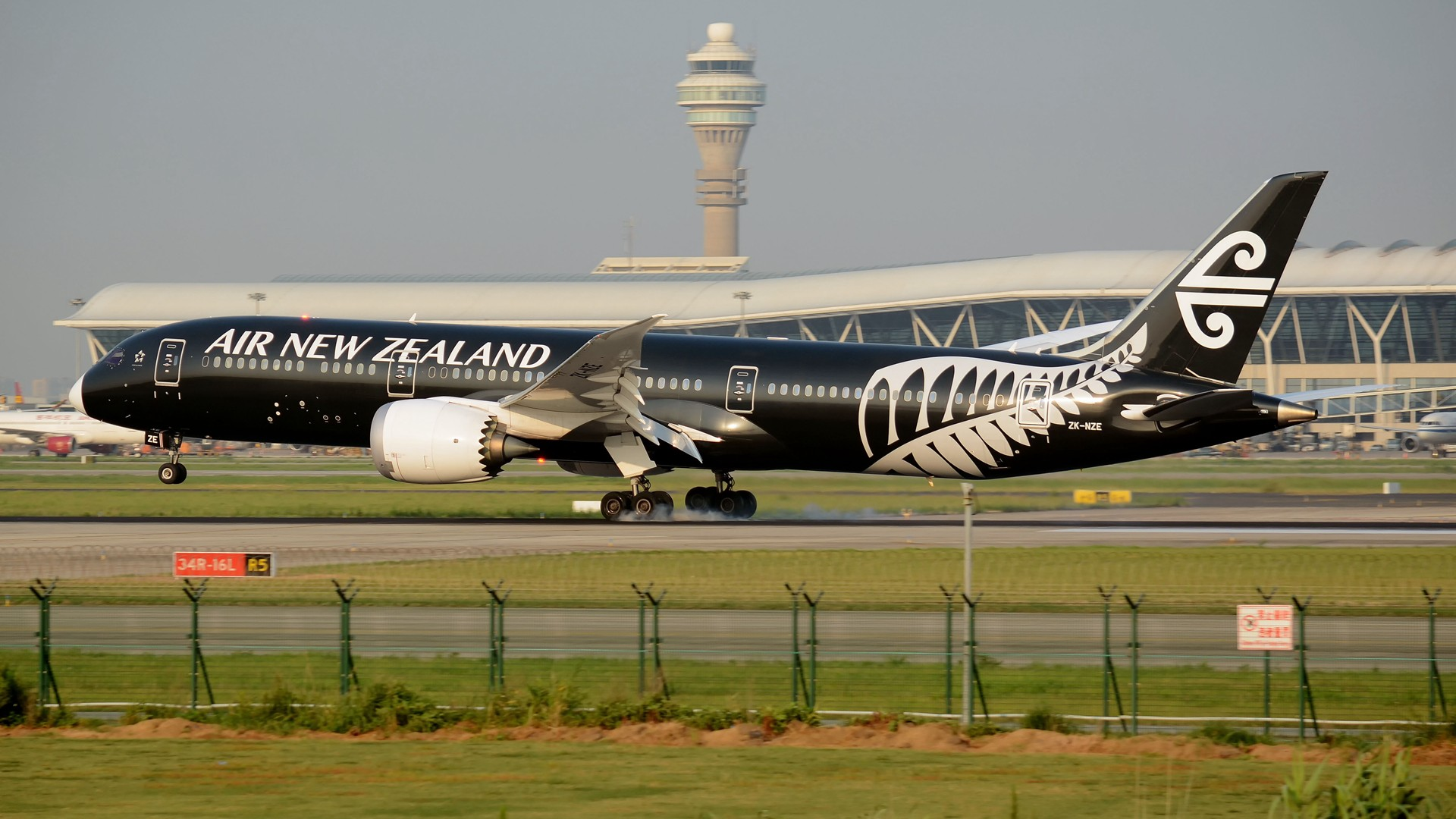 Re:[原创](1920*1080)放出一组壁纸 BOEING 787-9 ZK-NZE 上海浦东国际机场