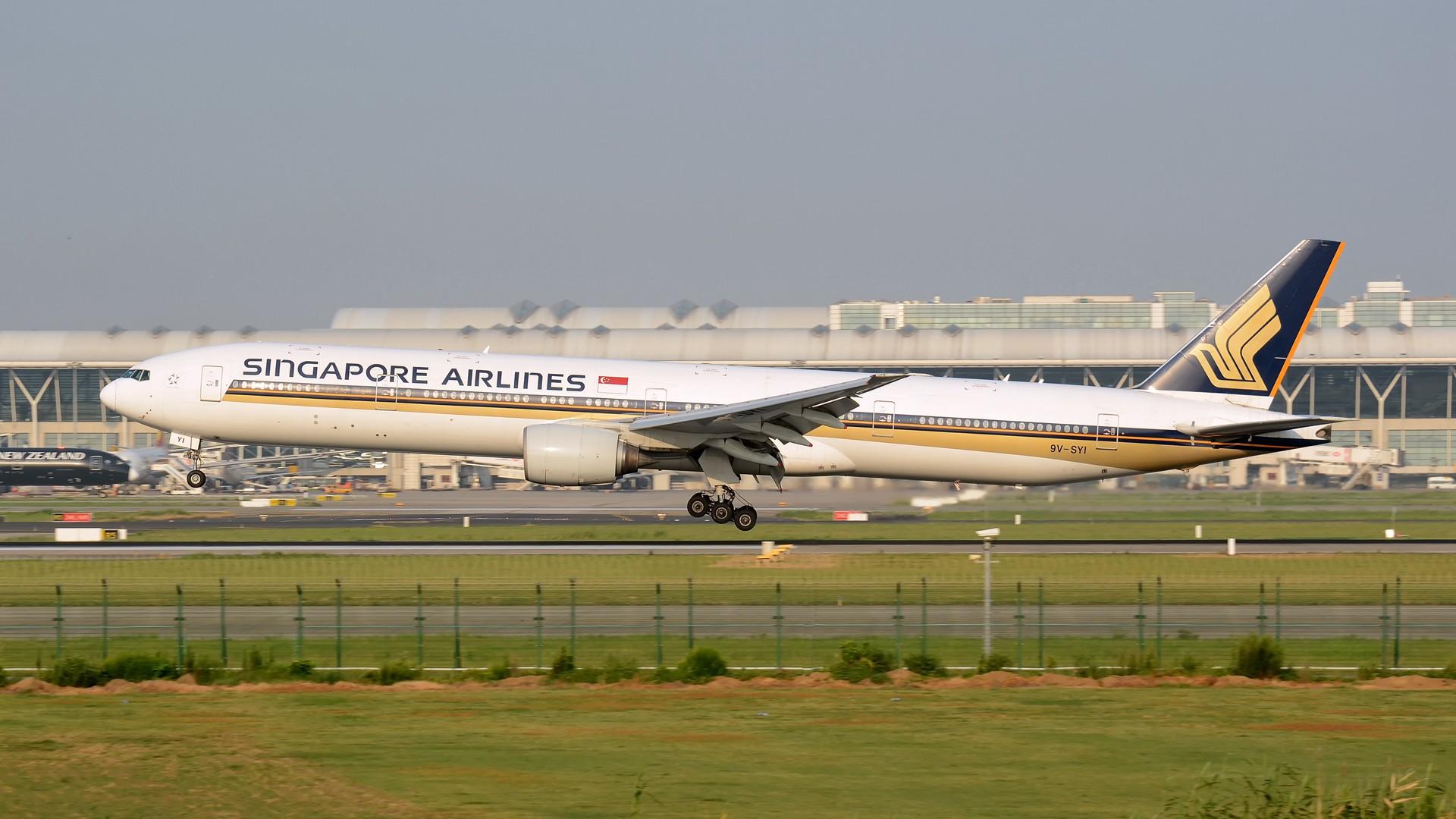 Re:[原创](1920*1080)放出一组壁纸 BOEING 777-300 9V-SKI 上海浦东国际机场