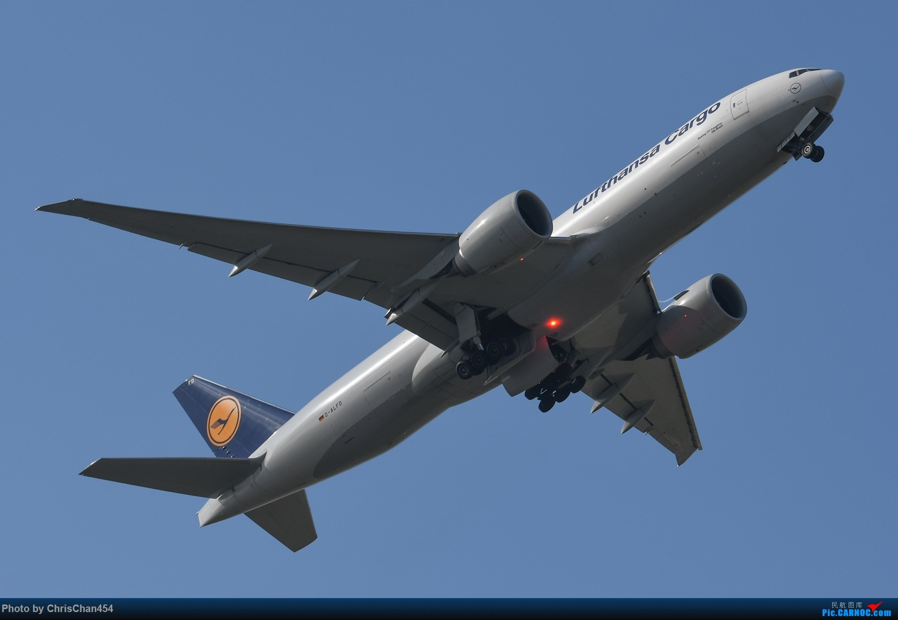 Re:[原创]PVG重型机一组,5APU & 卡狗 BOEING 777 D-ALFD 中国上海浦东国际机场