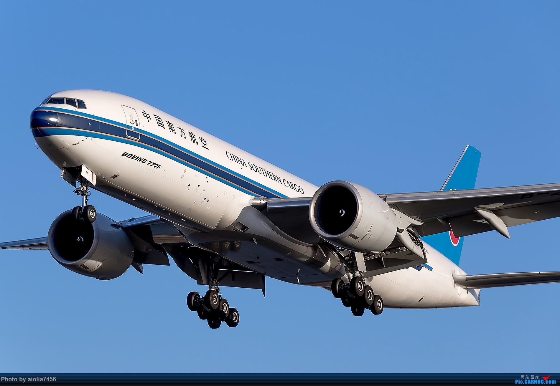 [原创][霸都打鸡队]秋过长空碧如洗,谁道我桥无蓝天? BOEING 777-200 B-2041 中国合肥新桥国际机场