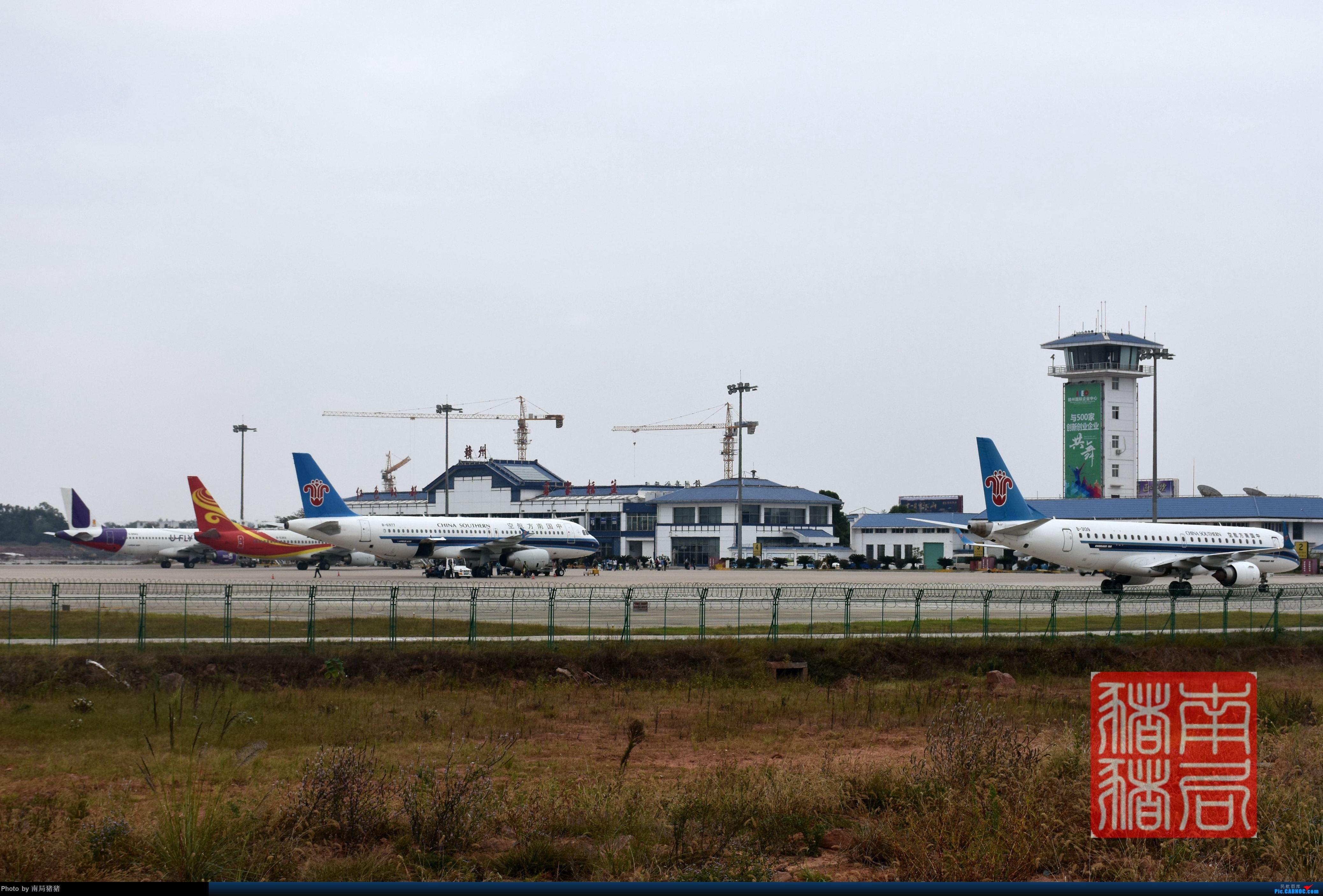 Re:[原创]赣州黄金机场,U fly 涂装320    中国赣州黄金机场