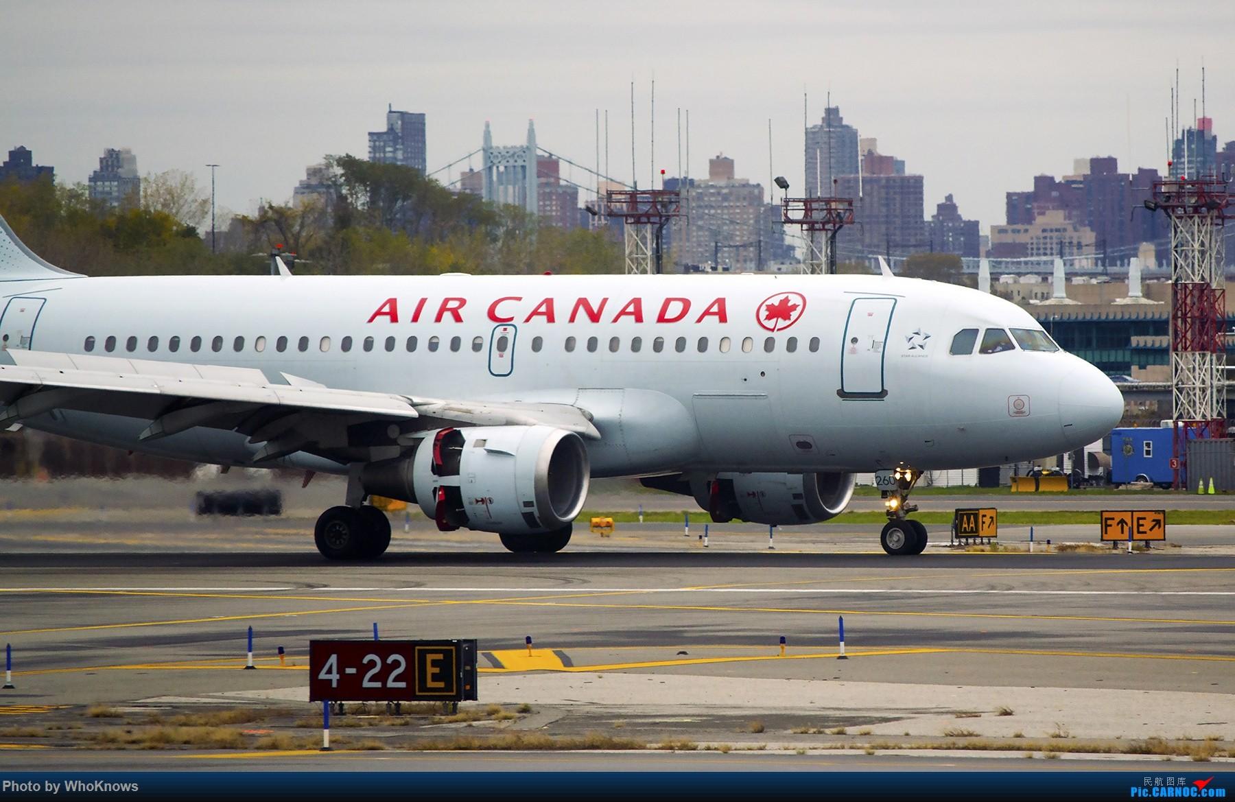 Re:纽约拉瓜迪亚机场川普的私人(镶金)飞机