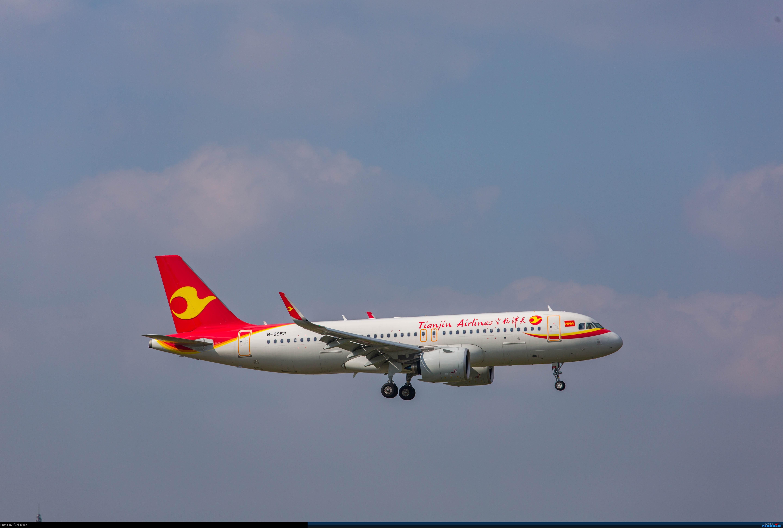 Re:[原创][SHA]虹桥拍机,B-2447、上航767等 AIRBUS A320NEO B-8952 中国上海虹桥国际机场