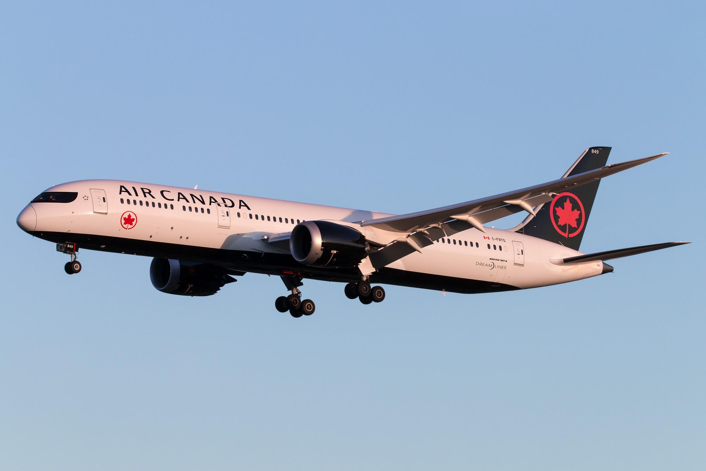 Re:[原创]加拿大新装两枚 BOEING 787-9 DREAMLINER C-FRTG 中国北京首都国际机场