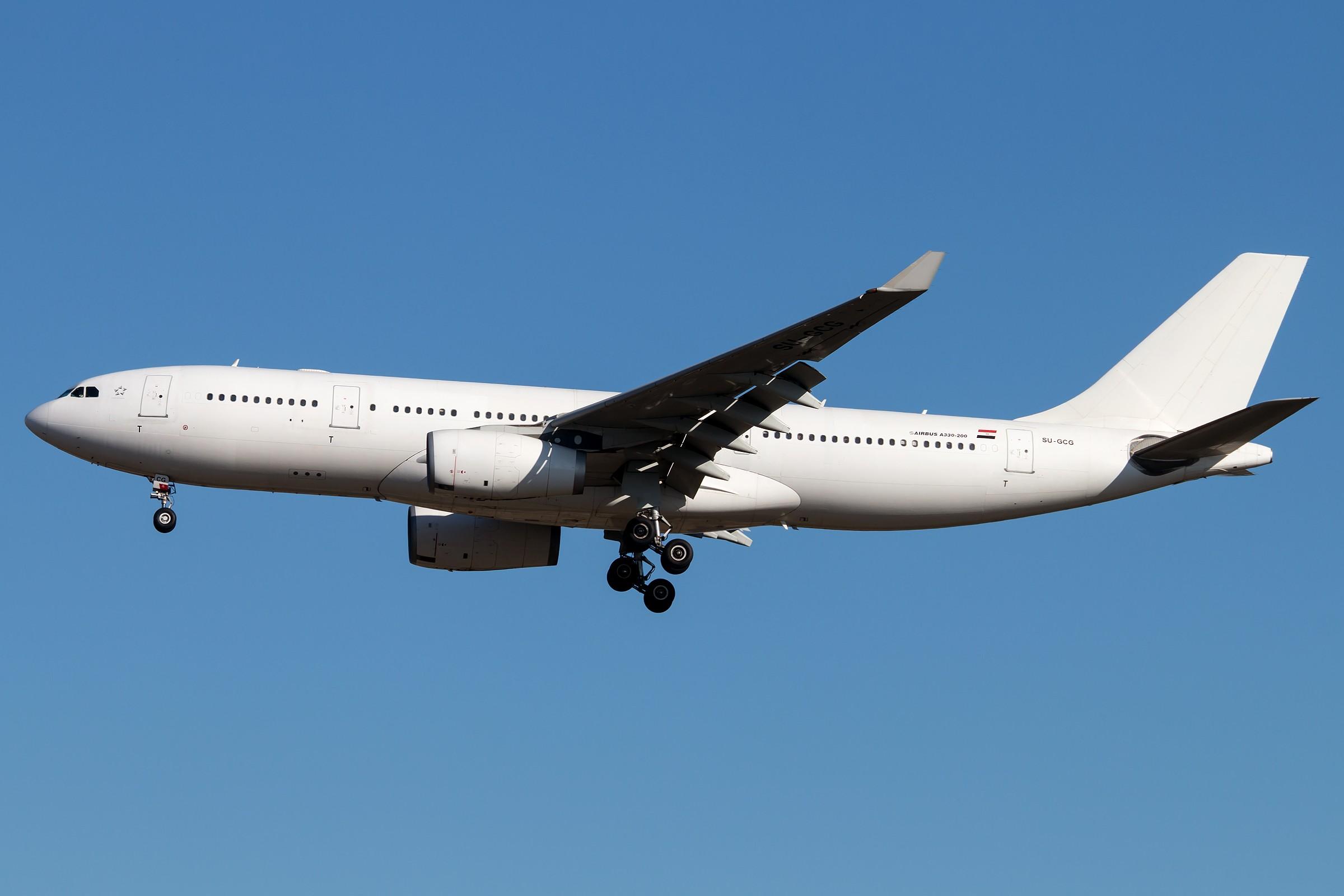 [原创]杂图5张 AIRBUS A330-243 SU-GCG 中国北京首都国际机场