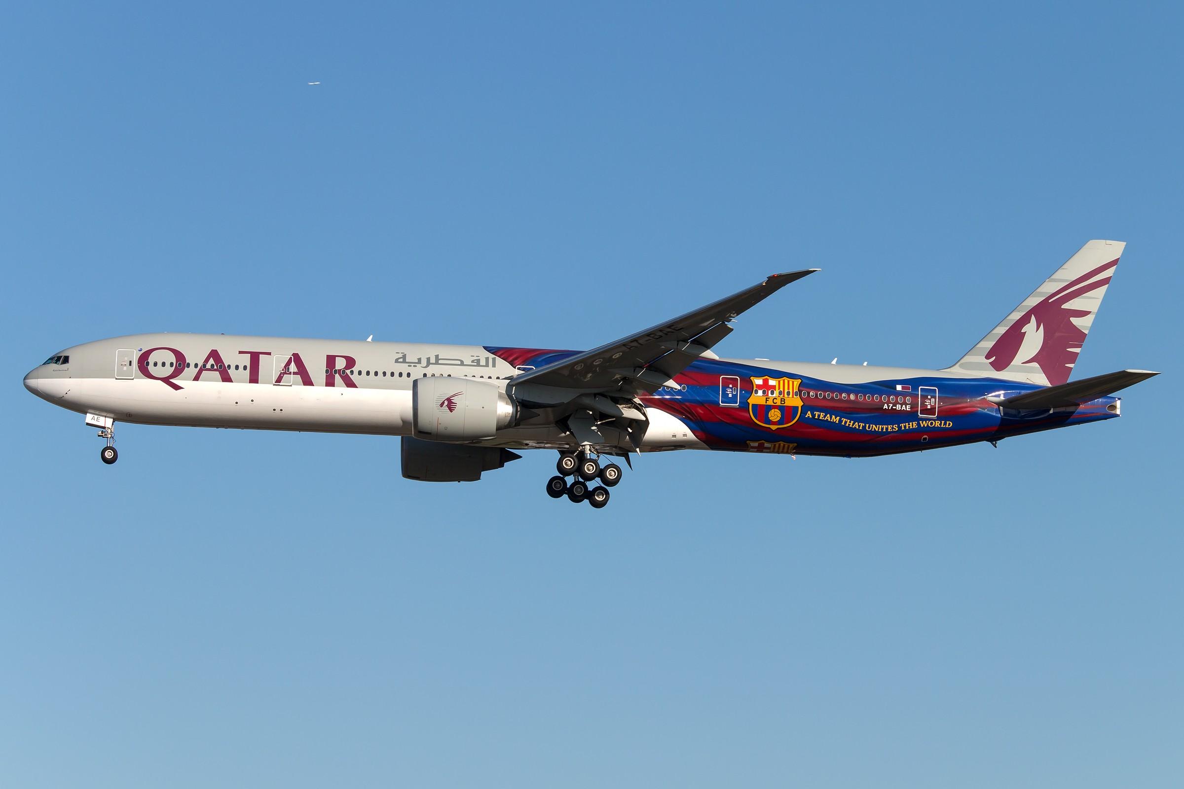 Re:[原创]杂图5张 BOEING 777-3DZ(ER) A7-BAE 中国北京首都国际机场