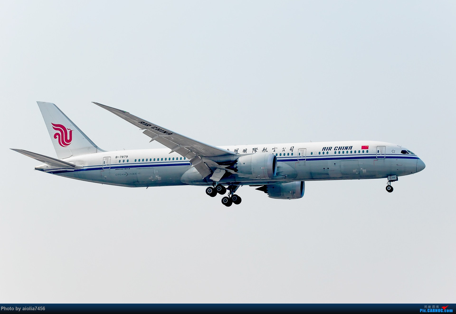 Re:[霸都打机队]摸摸怀中的7D2,好宝宝,跟了新的主人你要乖乖听话哦,离开我之前,我带你逛一圈ZSSS,最后一次陪我看看那些我们不怎么看得到的宽体吧。 BOEING 787-9 B-7879 中国上海虹桥国际机场