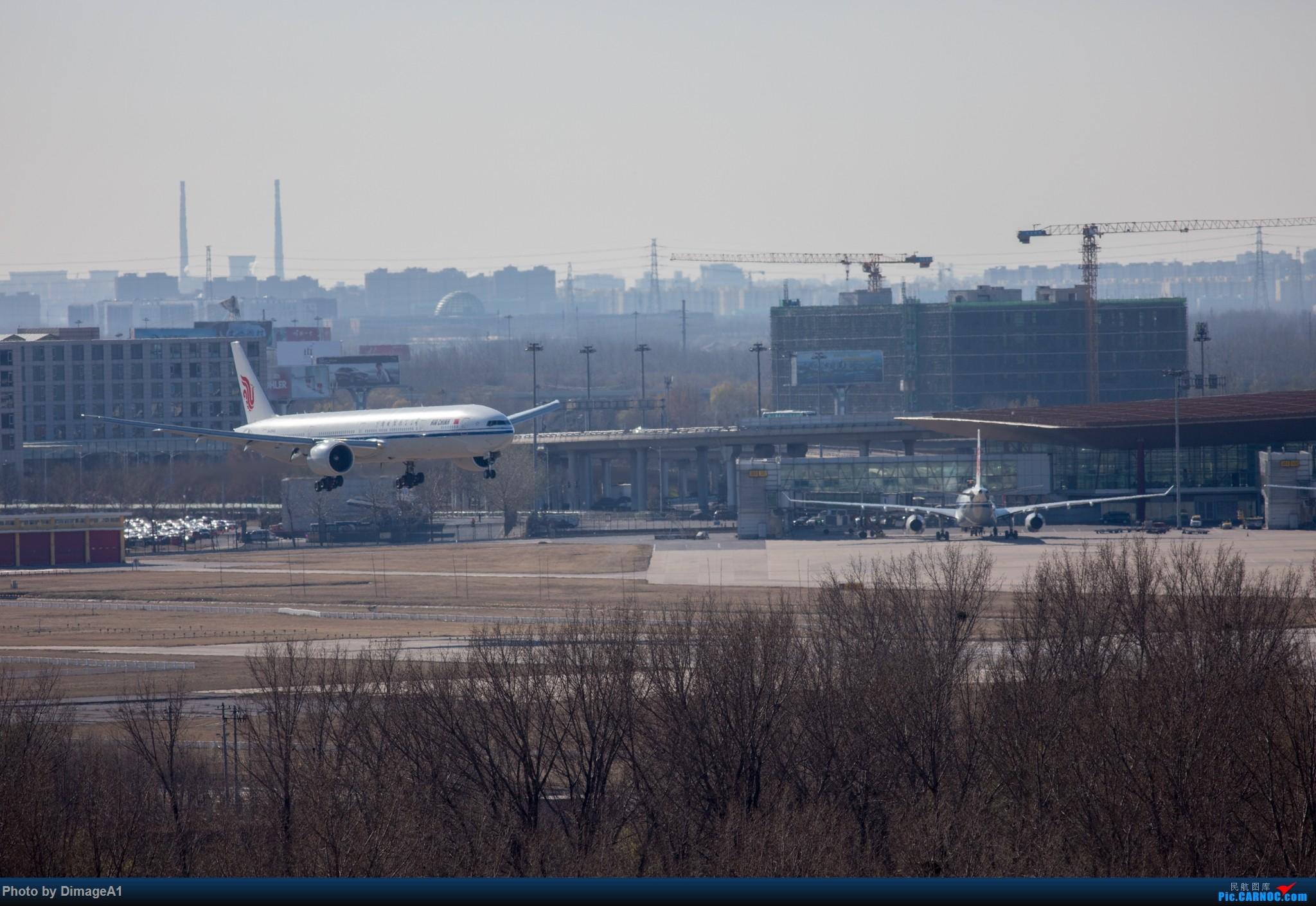 Re:11月26日首都机场的飞机 BOEING 777-300ER B-2045