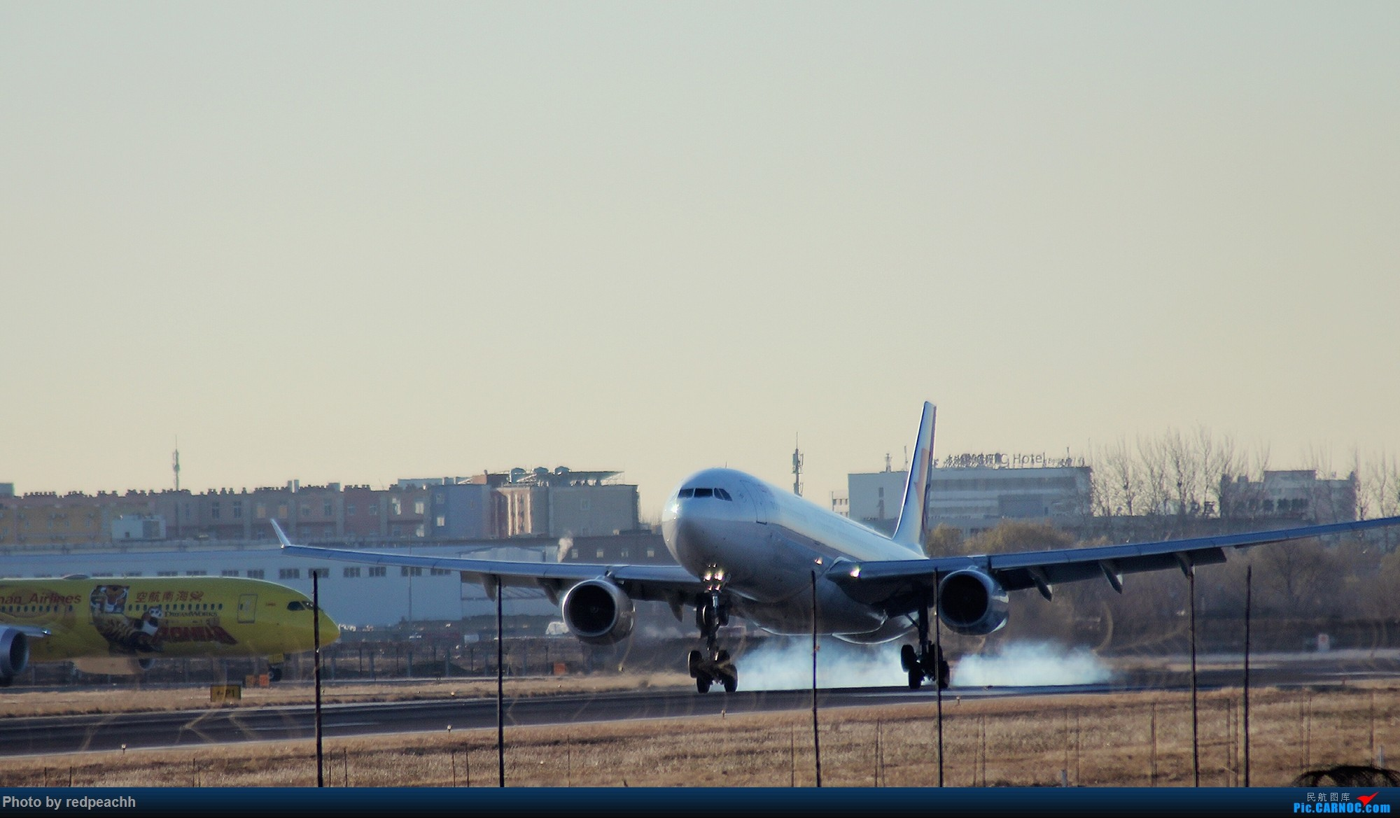 Re:[原创]河北人为拍机而首都机场2日游(杨二营、八卦台)虽均为常规货但值得纪念(36L) AIRBUS A330-300 B-6095 中国北京首都国际机场