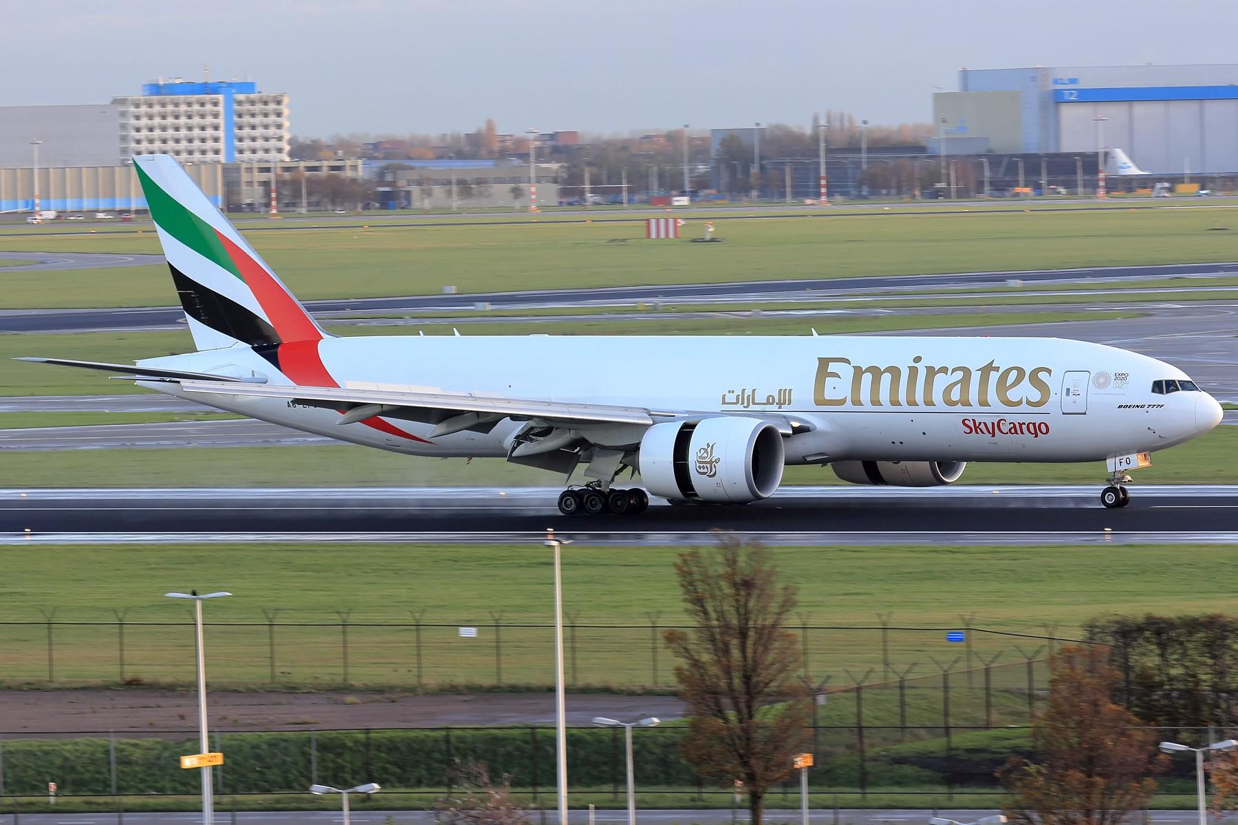 Re:[原创]【AMS】伪塔台视角吹水几张 1800大图 BOEING 777-200 A6-EFO 荷兰阿姆斯特丹史基浦机场