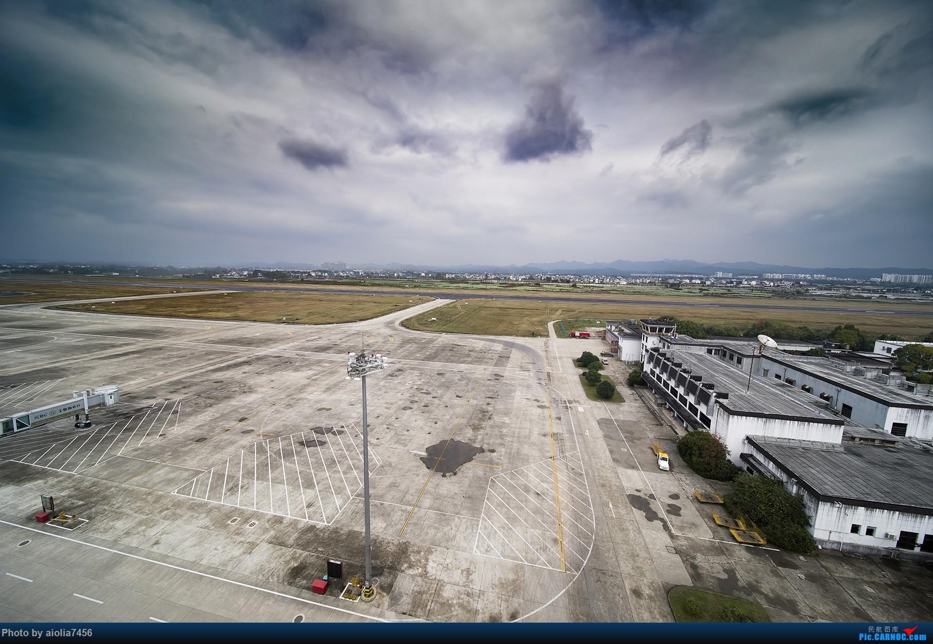[原创]【霸都打机队】换了机器后的第一帖-安徽小机场之旅    中国黄山屯溪国际机场