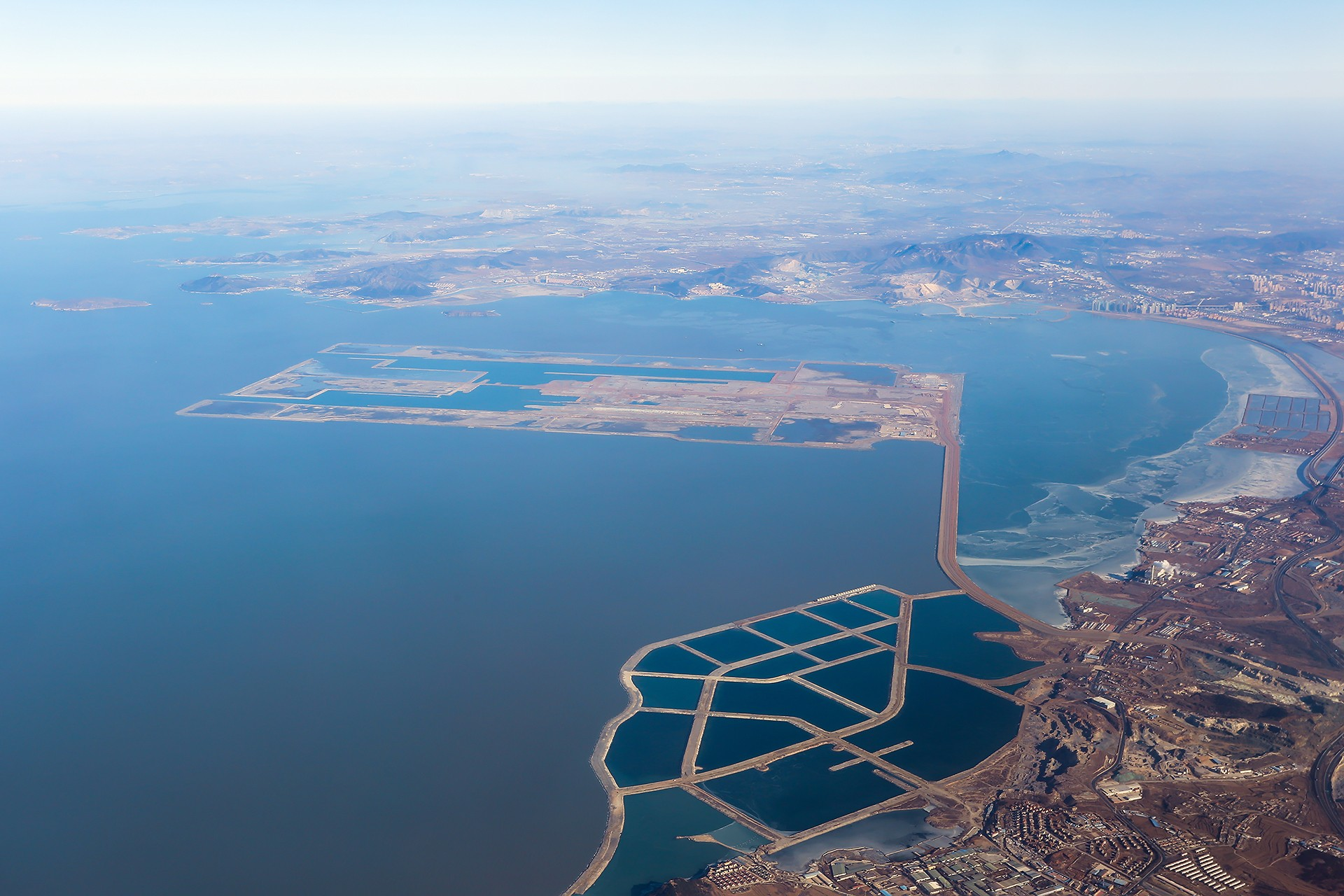 [原创][DLC]。。。金州湾 。。。    中国大连国际机场