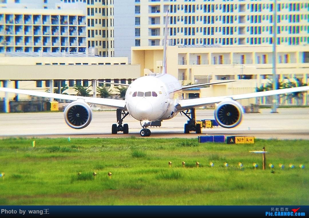 Re:[原创]发点图吧!国庆海口美兰拍机(由于手机拍摄,画质请谅解) BOEING 787-9 B-7835 中国海口美兰国际机场