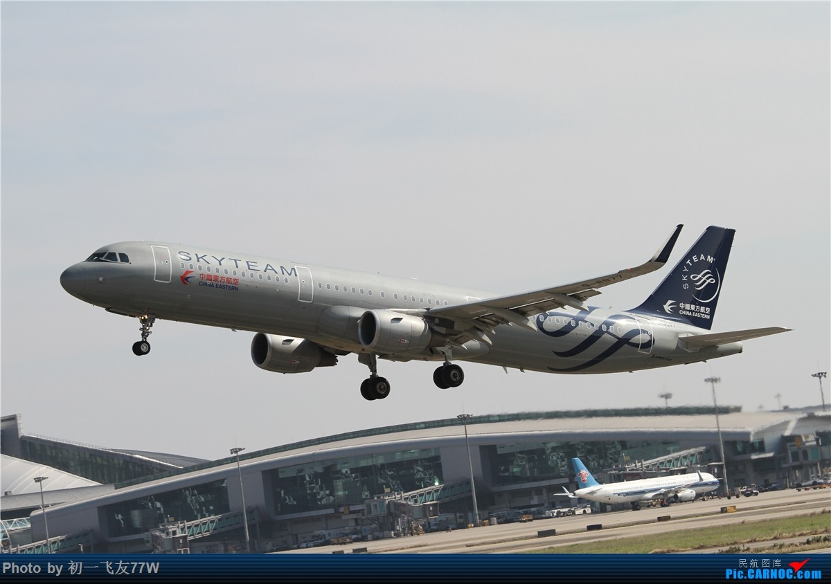 Re:[原创]【多图党】1200*800又是CAN,又是团结村土堆,又是明星村 第二集 AIRBUS A321-200 B-8977