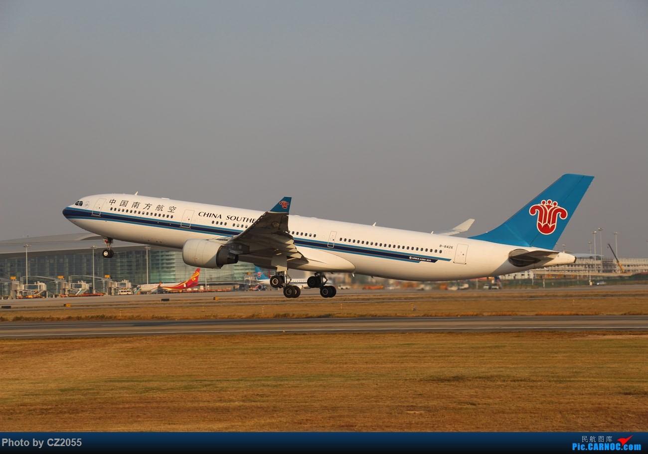 Re:[原创]【CZ2055】【CAN】马上就2018了,2017还没打过鸟。 AIRBUS A330-300 B-8426 中国广州白云国际机场