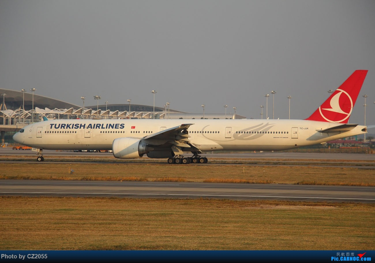 Re:[原创]【CZ2055】【CAN】马上就2018了,2017还没打过鸟。 BOEING 777-300ER TC-JJK 中国广州白云国际机场