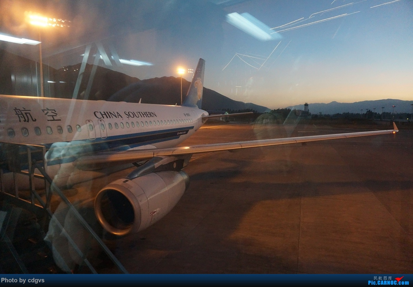 Re:[原创]KMG-LJG-KMG 东航&南航 省内刷航段,飞空客波音两种不同机型 AIRBUS A320-200 B-9931 中国丽江三义机场