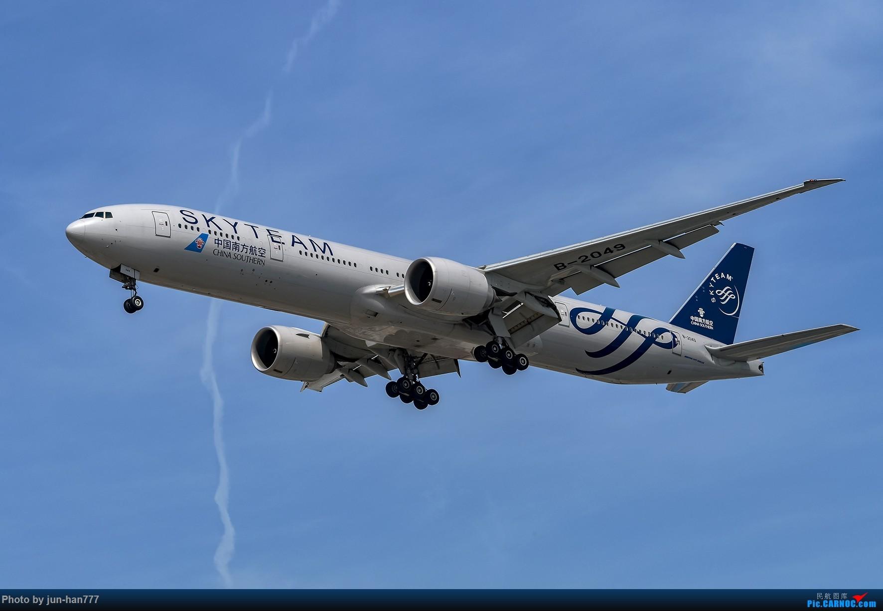 Re:[原创]进场虹桥 BOEING 777-300ER B-2049