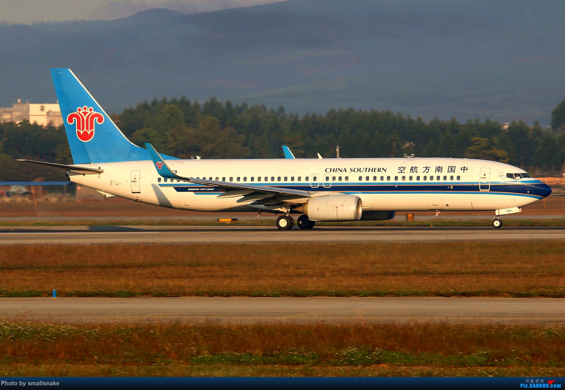 Re:[原创]NNG的一个早晨... BOEING 737-800 B-5769 南宁吴圩国际机场