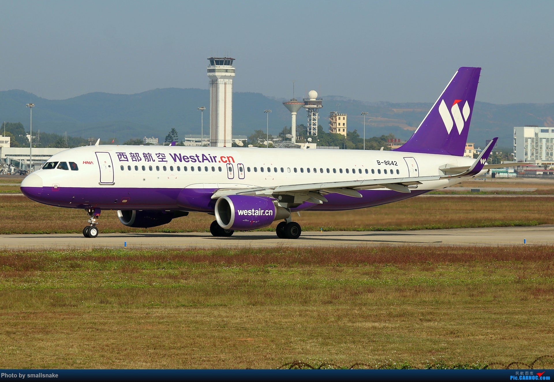 Re:[原创]NNG的一个早晨... AIRBUS A320-200 B-8642 南宁吴圩国际机场