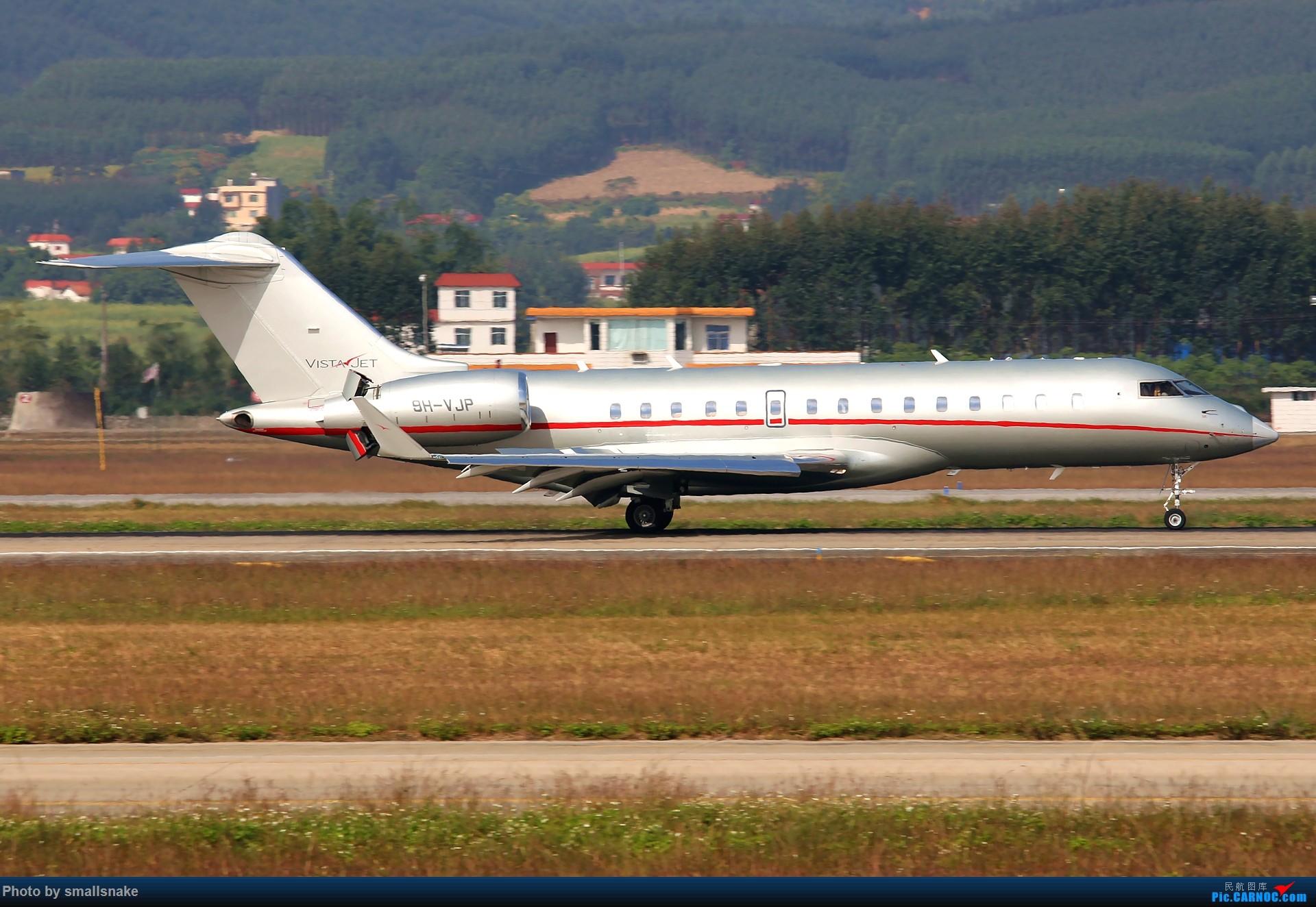 Re:[原创]NNG的一个早晨... EMBRAER E-170 9H-AJP 南宁吴圩国际机场