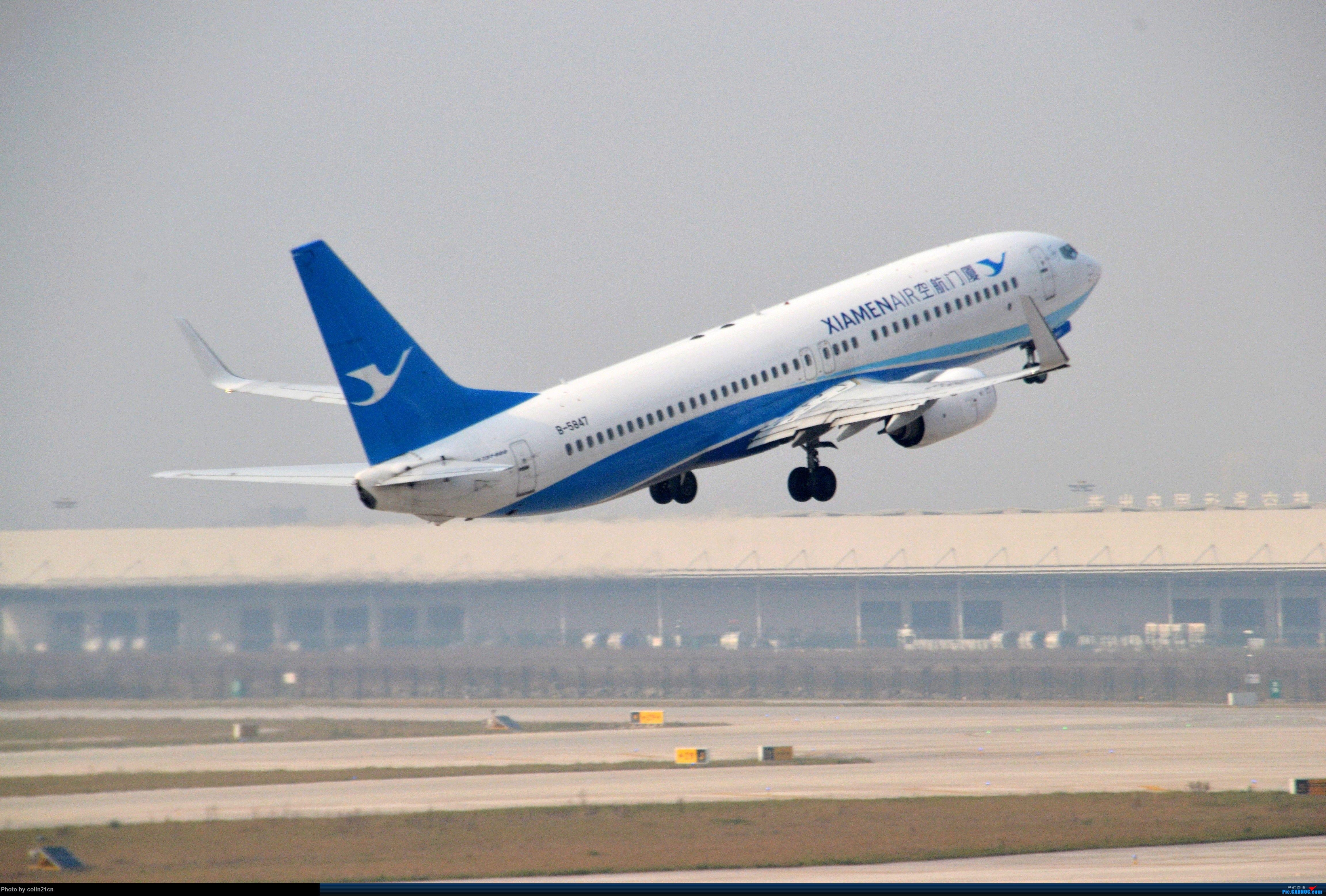 Re:[原创]CKG元旦杂图一组 BOEING 737-800 B-5847