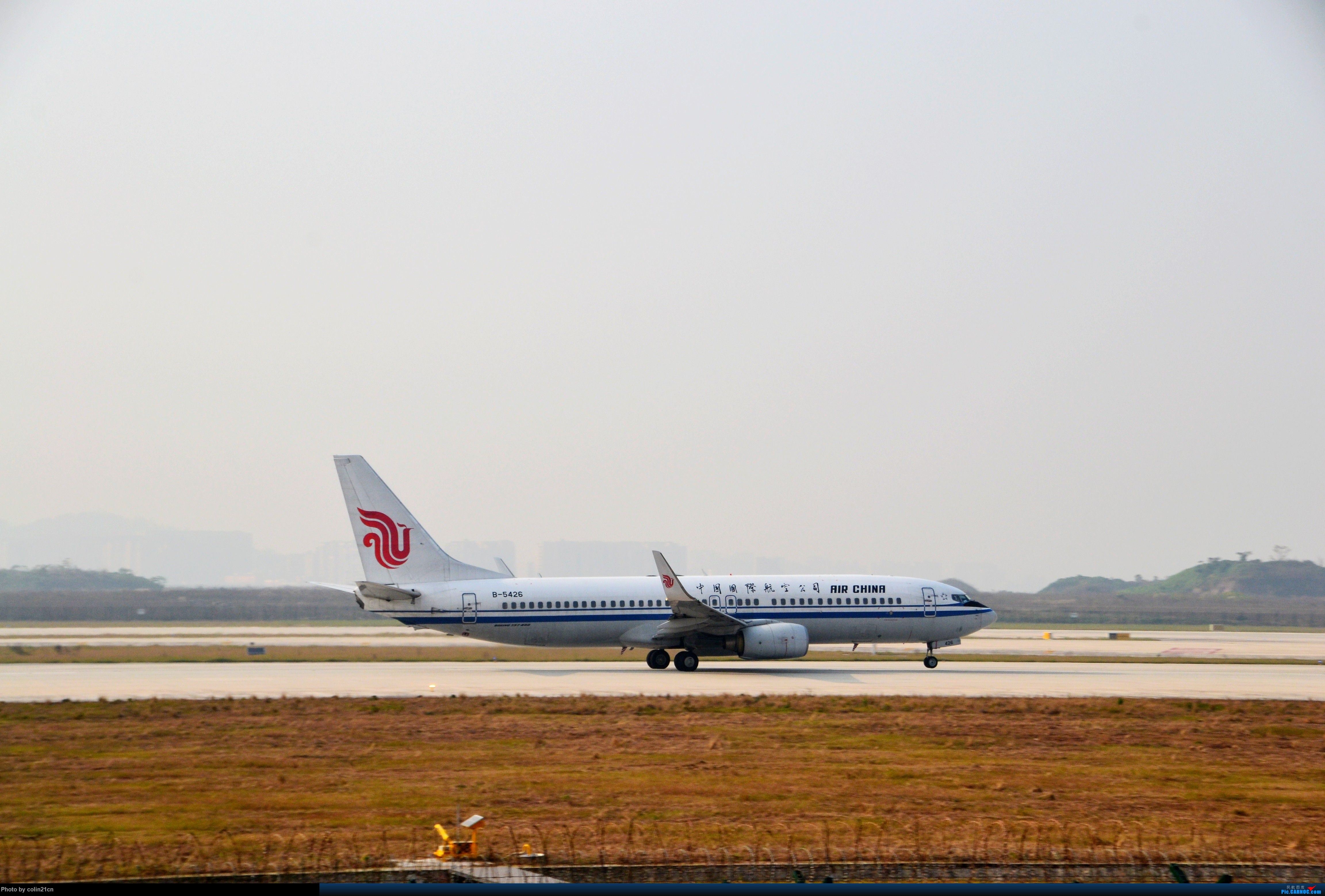 Re:[原创]CKG元旦杂图一组 BOEING 737-800 B-5426