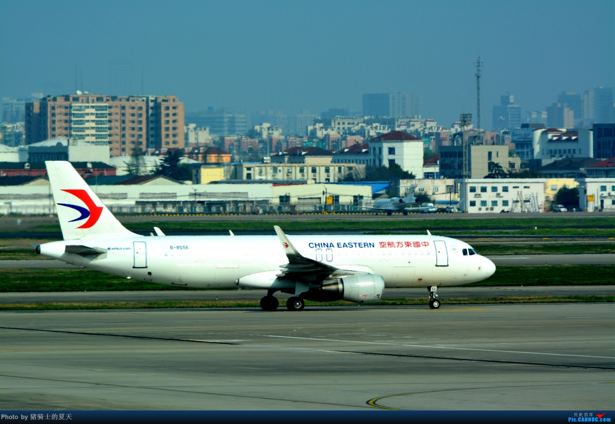Re:2017年鸡鸭图 AIRBUS A320-200 B-8556 中国上海虹桥国际机场