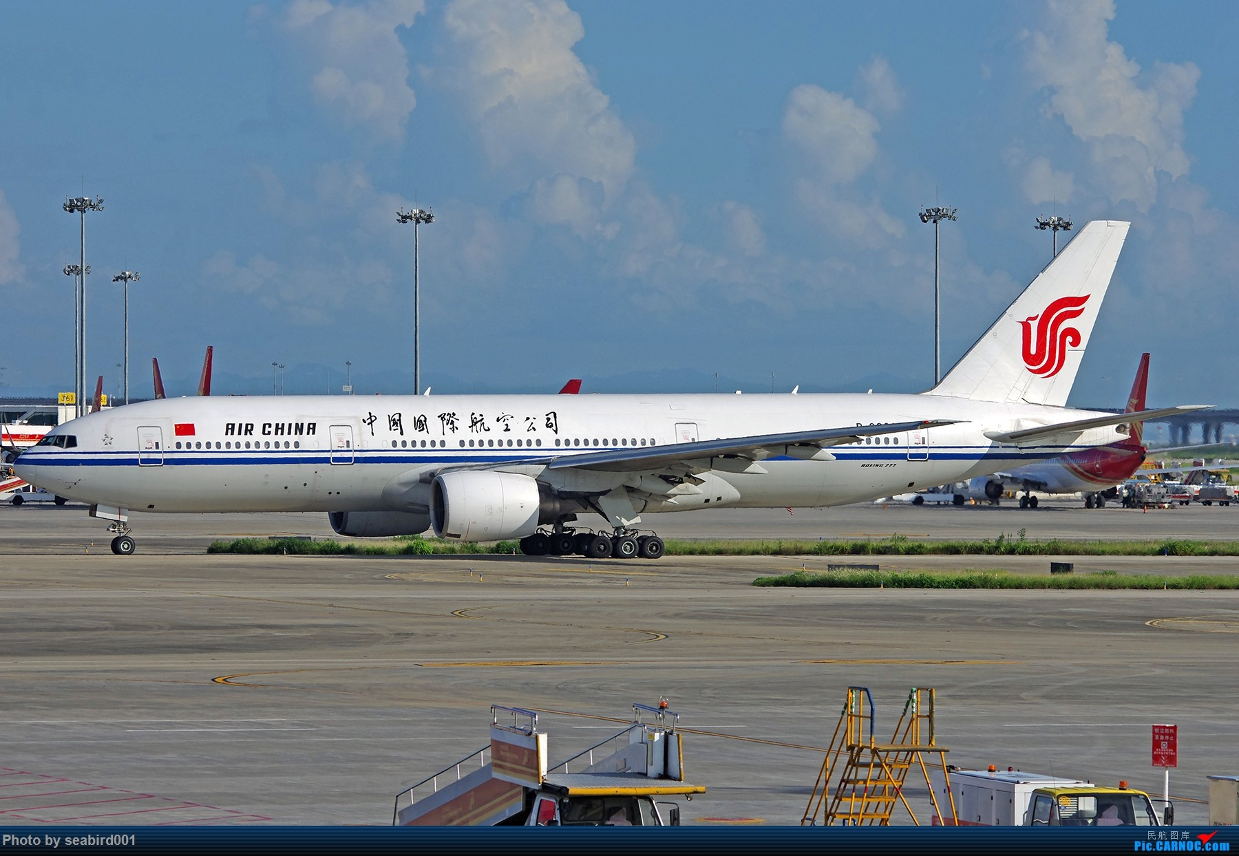 Re:[原创]中国国际航空公司320、738、772 BOEING 777-200 B-2068 中国深圳宝安国际机场
