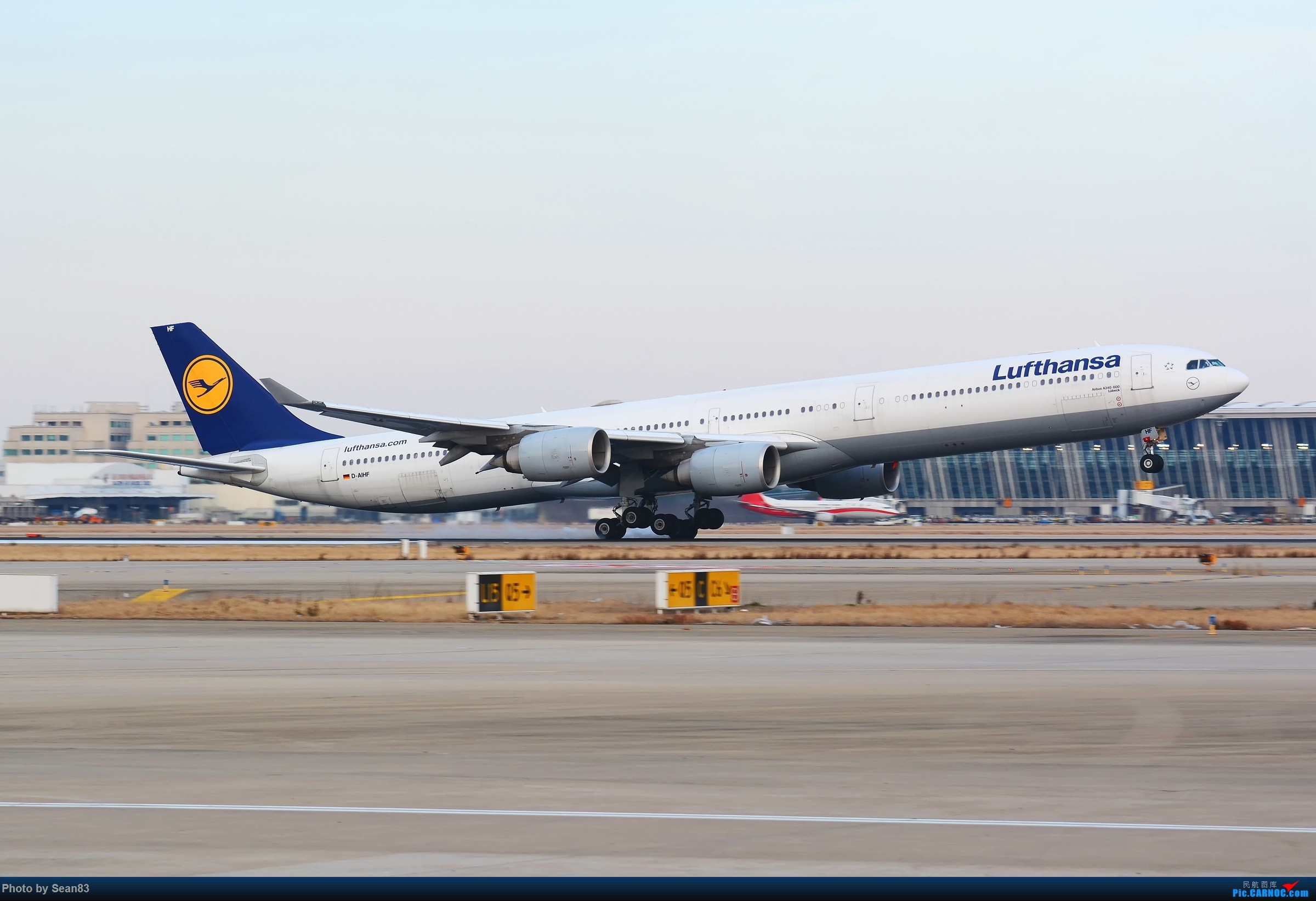 Re:[原创](PVG)踮脚的美 AIRBUS A340-600 D-AIHF 上海浦东国际机场