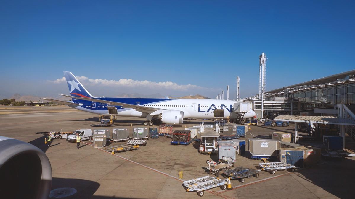 Re: [原创]【 寰球十万八千里   上集   取道南美 】 BOEING 787-9 CC-BGI 智利圣地亚哥机场