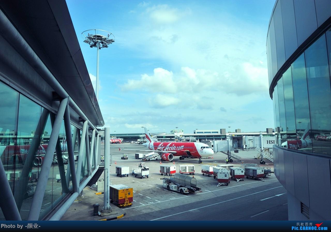 Re:[原创]走近飞机起降点(无尽创意)    新加坡樟宜机场