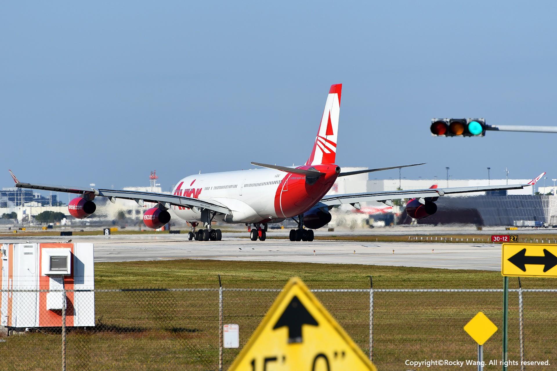 Re:老朋友 AIRBUS A340-300 YV3292 迈阿密机场