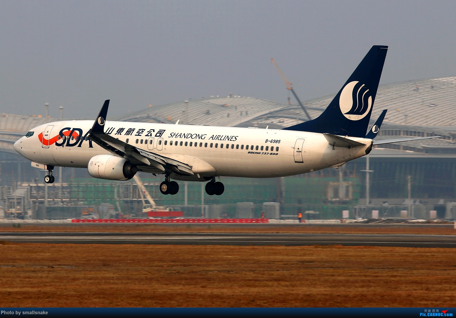 Re:[原创]桂林机场拍机... BOEING 737-800 B-6985 桂林两江国际机场