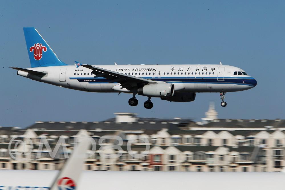 [原创][DLC场外] 周末 AIRBUS A320-200 B-6910 中国大连国际机场