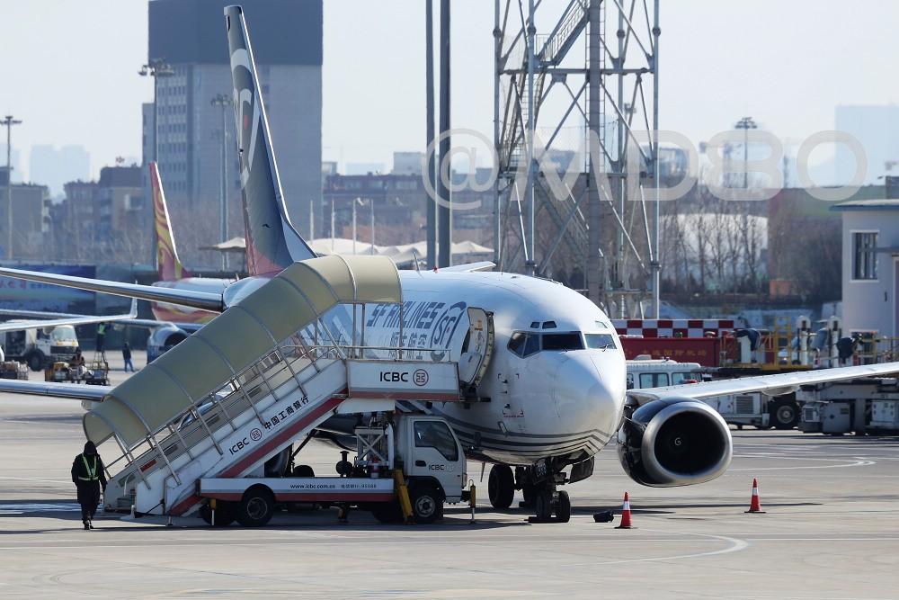 Re:[原创][DLC场外] 周末 BOEING 737-300 B-2988 中国大连国际机场