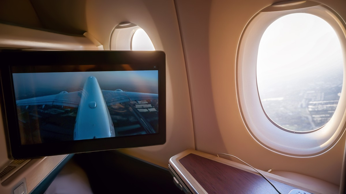 Re: [原创]【 寰球十万八千里 | 下集 | 午前曳航 】 AIRBUS A350-900 B-LRF 空中