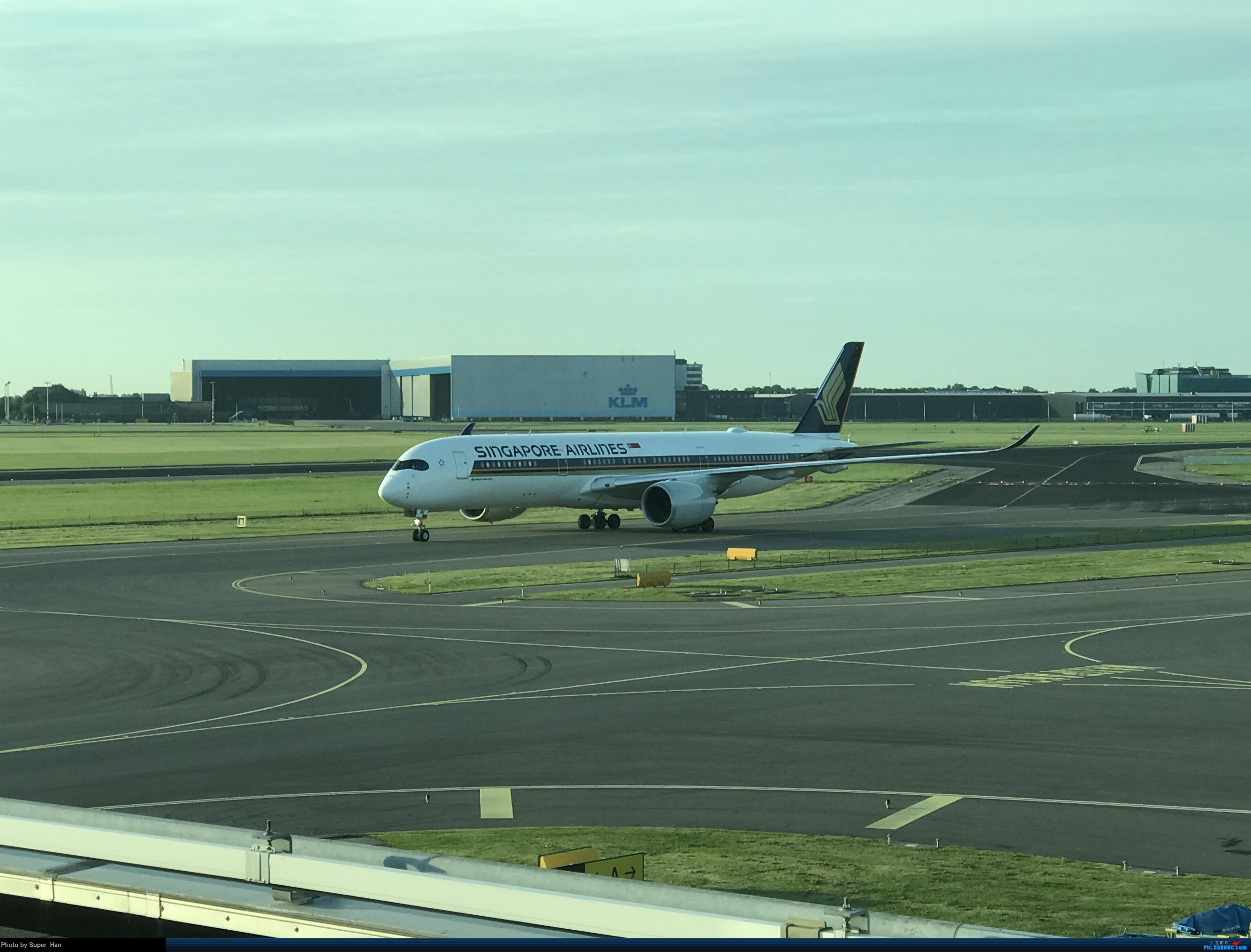 Re:[原创]离开AMS AIRBUS A350-900  荷兰阿姆斯特丹史基浦机场