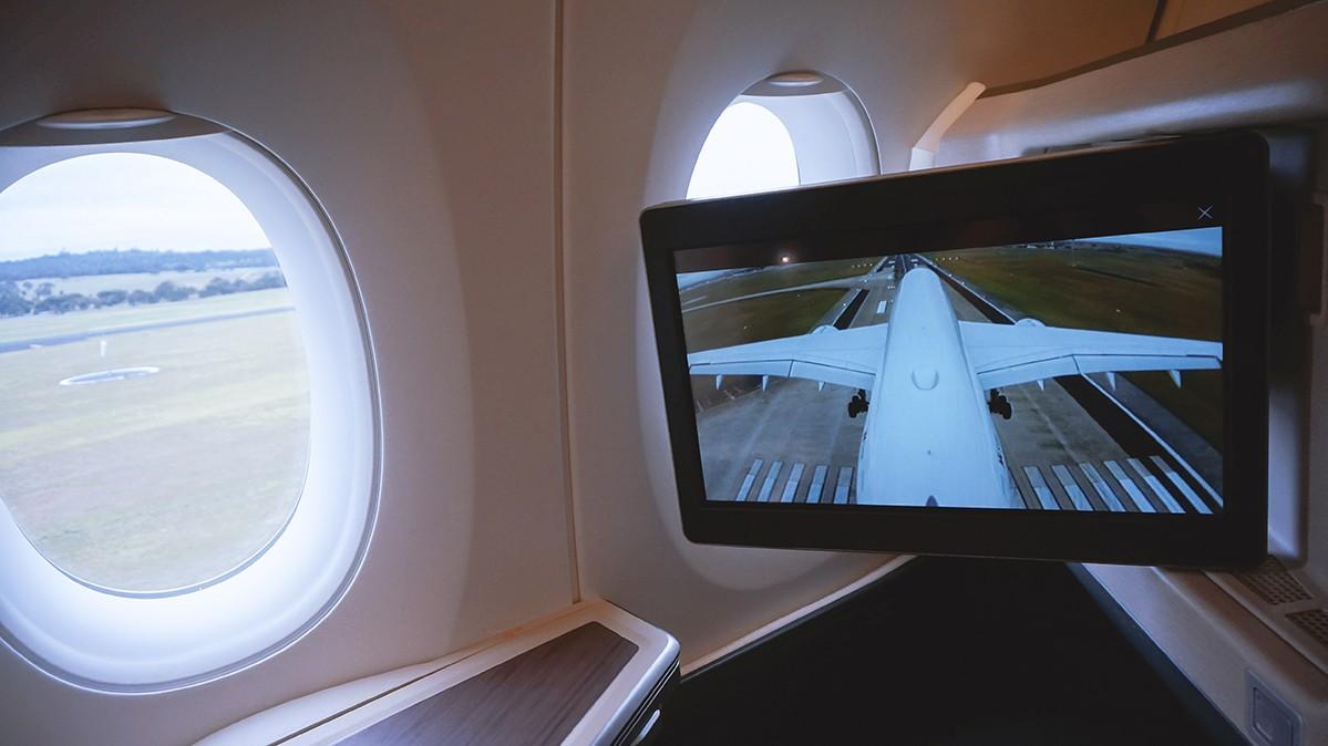 Re: [原创]【 寰球十万八千里 | 下集 | 午前曳航 】 AIRBUS A350-900 B-LRU 澳大利亚墨尔本机场