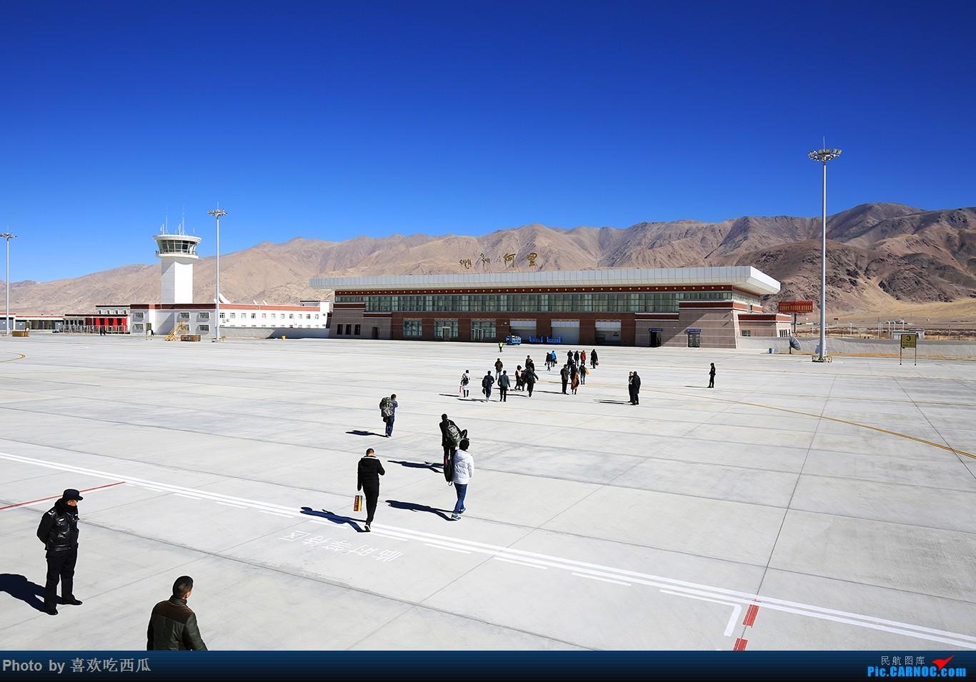 Re:[原创]西瓜游记55,由一张X舱引发的一大堆X舱游记,阿里昆莎的24个小时    中国阿里昆莎机场