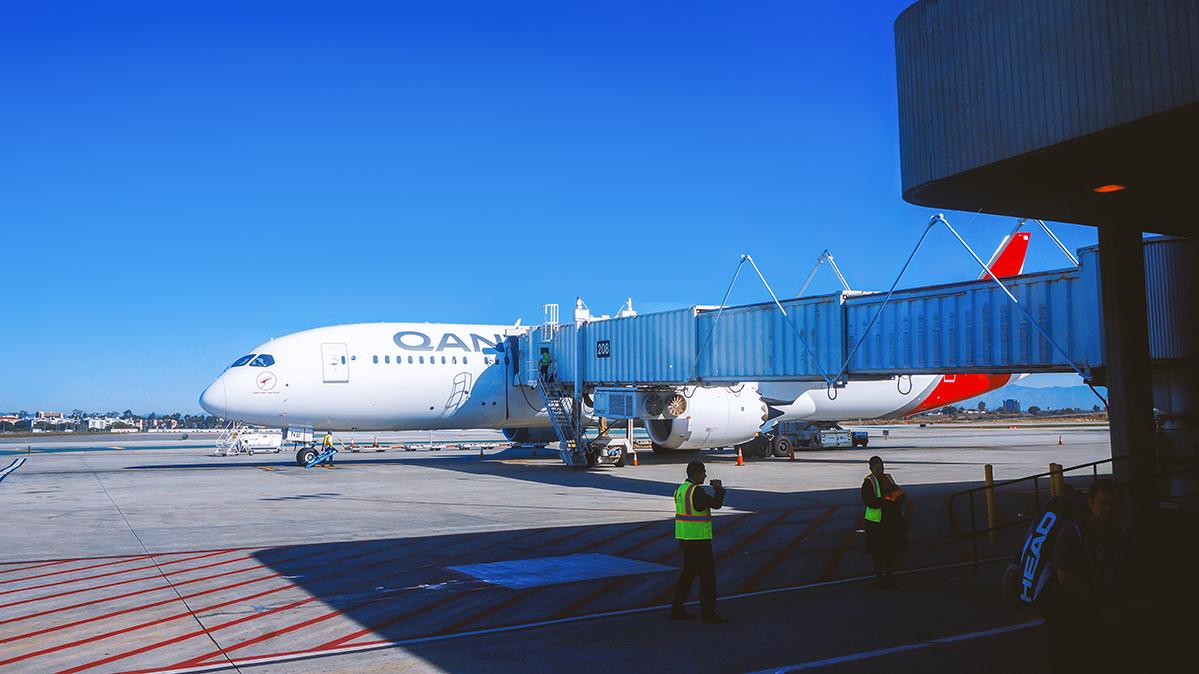 Re: [原创]【 半球冬夏·洛城快达 | 袋鼠全新 789 | 丛林流浪号·直航 LA 】 BOEING 787-9 VH-ZNB 美国洛杉矶机场
