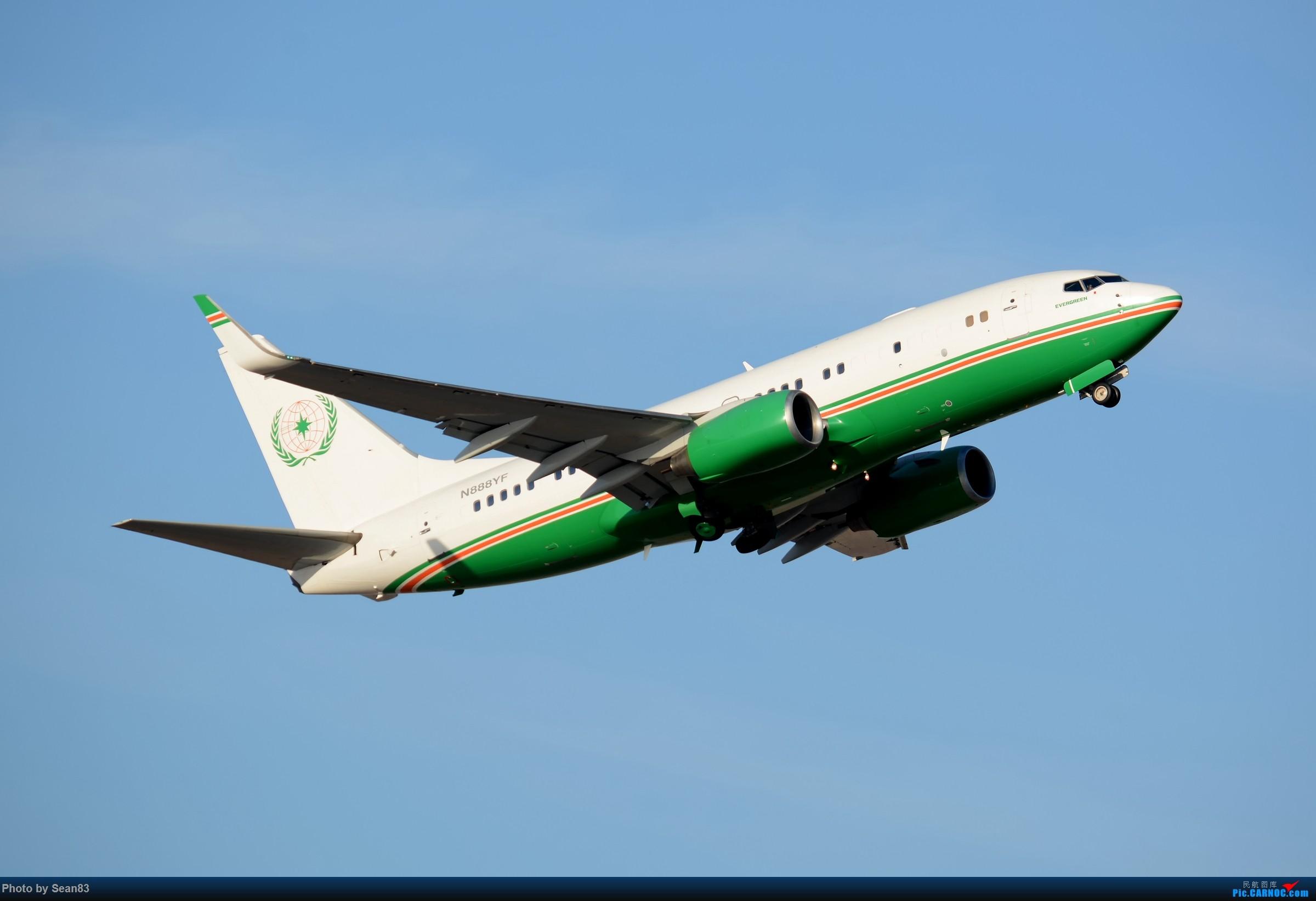 [原创](PVG)长荣737BBJ BOEING 737-700 N888YF 上海浦东国际机场