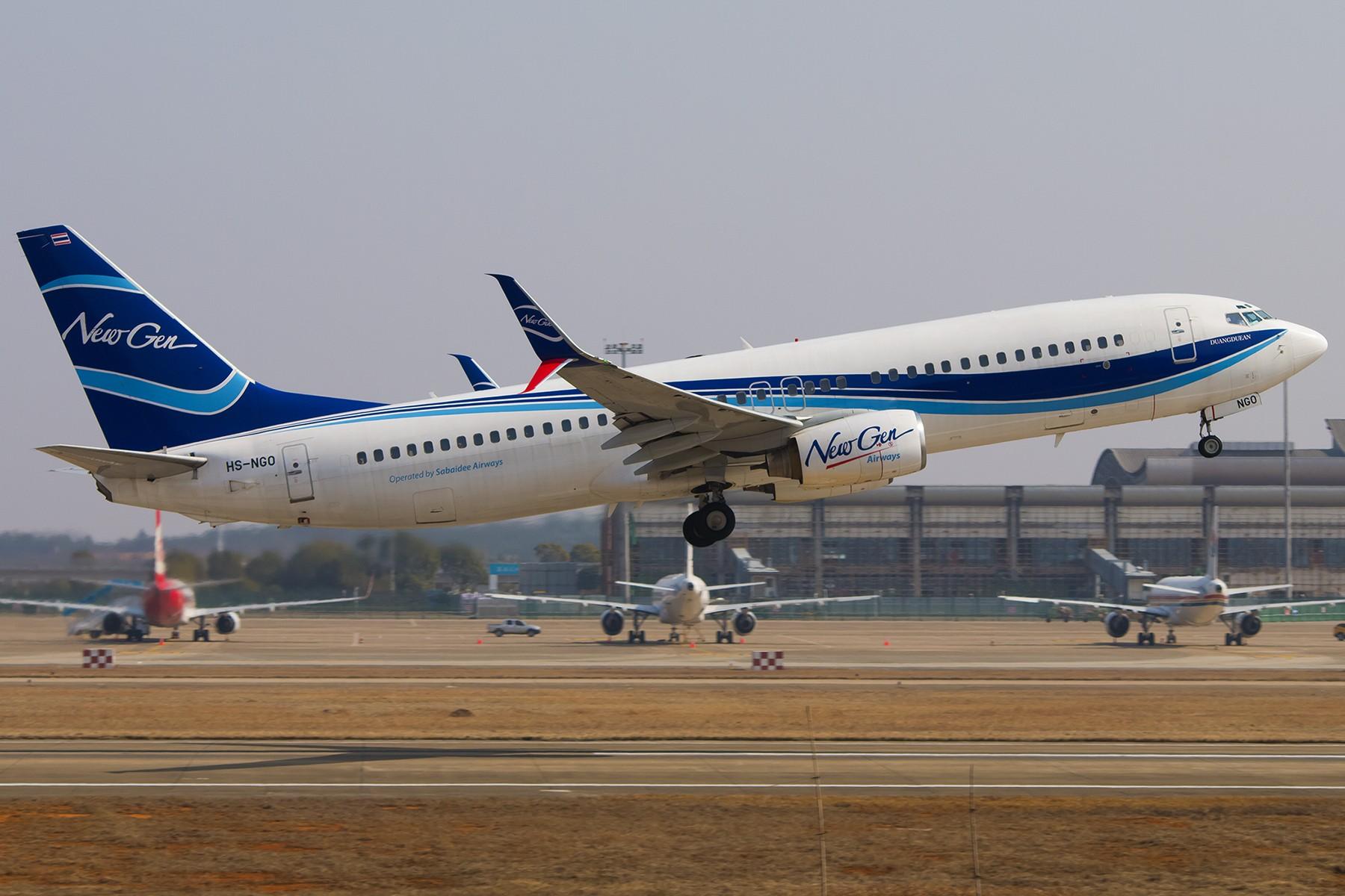 Re:[原创]【南昌飞友会】祝大家狗年大吉!!!四张存货福利!! BOEING 737-800 HS-NGO 中国南昌昌北国际机场