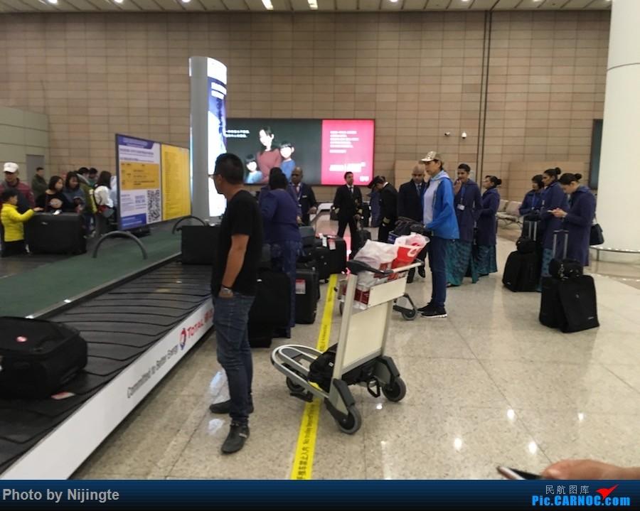 Re:[原创]Nick游记4 圣诞锡兰 感受自然 斯里兰卡航空333往返 AIRBUS A330-300   中国上海浦东国际机场
