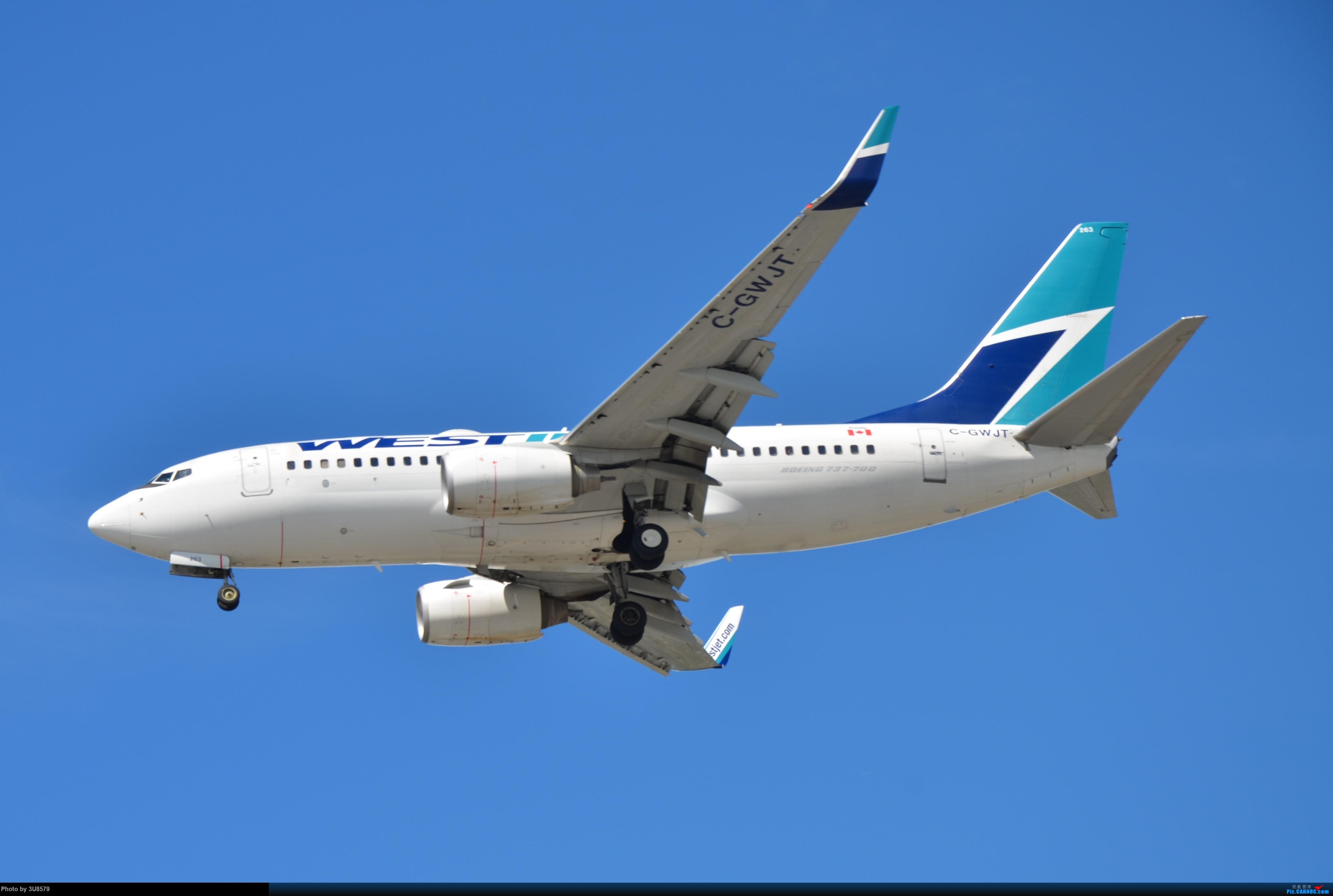 Re:[原创]YVR温哥华拍机 BOEING 737-700 C-GWJT 加拿大温哥华机场
