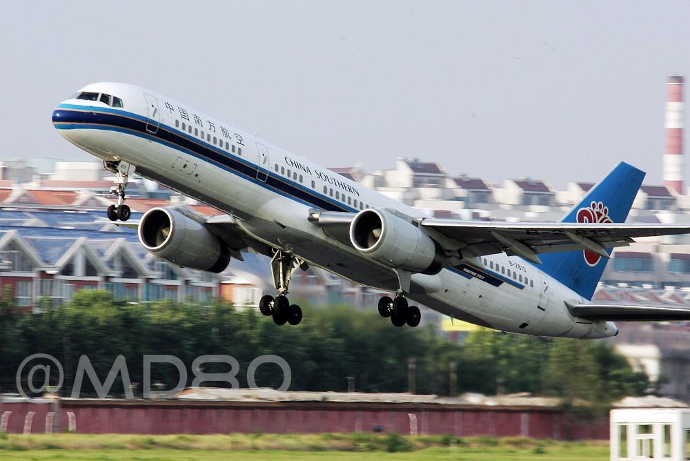 Re:[原创][DLC内场]告别757 BOEING 757-200 B-2813 中国大连国际机场